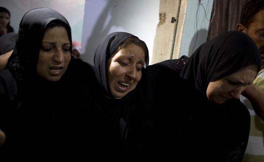 خاکسپاری مادر باردار فلسطینی + تصاویر