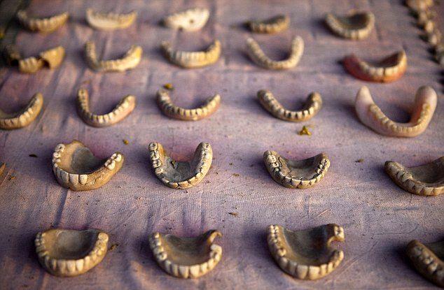 دندانپزشکی در گوشه خیابان (+عکس)