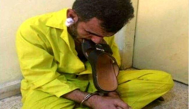 پذیرایی از یک داعشی با دمپایی + عکس